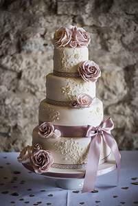 Dusty rose pink wedding cake Vikki & Dan rustic rose