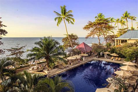Top Indonesia Holidays