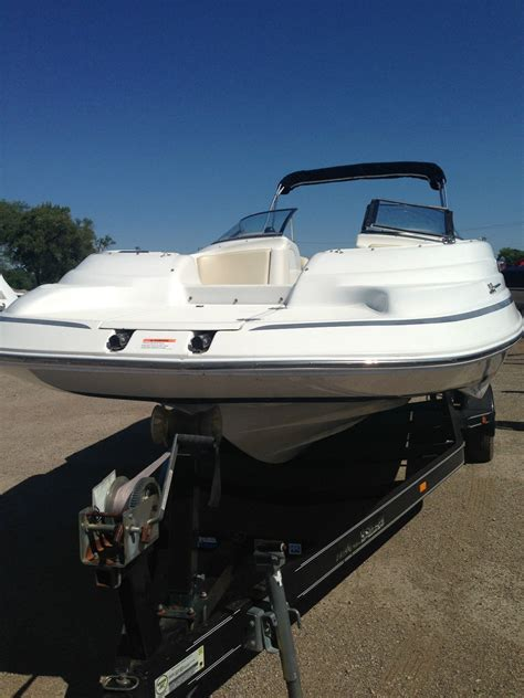 Chris Craft Type Boats by Chris Craft 230 Sport Deck 1999 For Sale For 15 000
