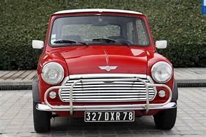 Mini Austin Cooper : mini cooper 1300 de 1991 vs mini cooper de 2011 little big car ~ Medecine-chirurgie-esthetiques.com Avis de Voitures