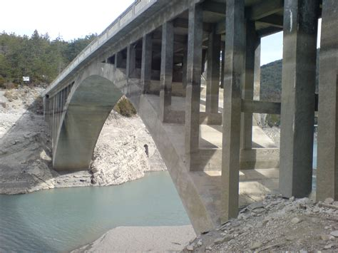 pont des temps moderne fichier entretoises du pont julien moderne jpg wikip 233 dia
