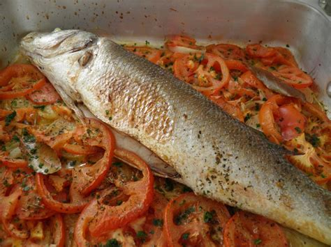 cuisiner les mures poisson bar au four façon portugaise peixe no forno à