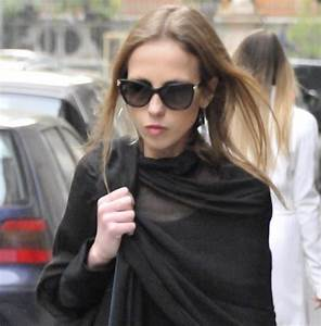 Allegra Versace's Thin Frame Makes Her Platform Booties ...