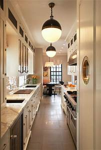 22 stylish long narrow kitchen ideas godfather style for Kitchen design for long narrow room