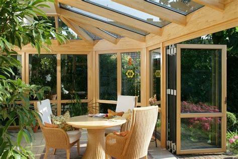 verande chiuse in legno e vetro verande esterne come realizzare una veranda normative e