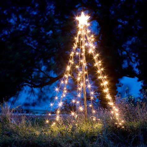 outside christmas tree lights outdoor christmas lights 10 of the best for 2012