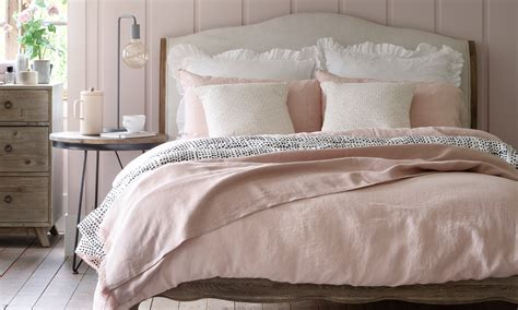 pink bedroom ideas    pretty  peaceful