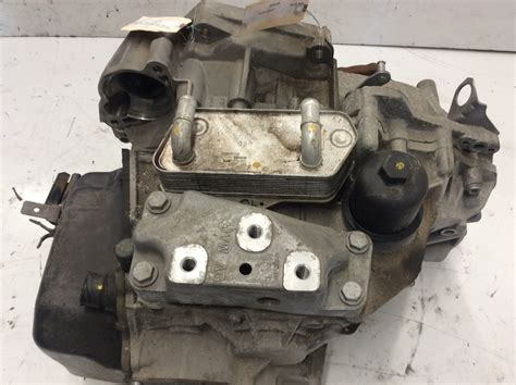 Beetle Automatic Transmission by 2013 2014 2015 Volkswagen Beetle 2 0l 6 Speed Automatic