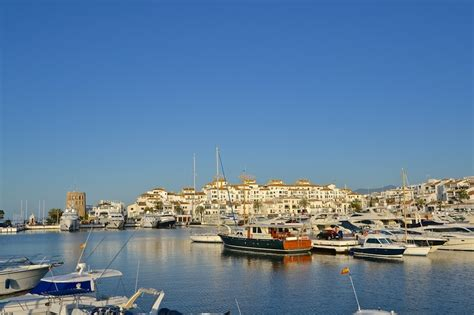 Buy A Boat Marbella by 1000 Ideas About Banus On Marbella