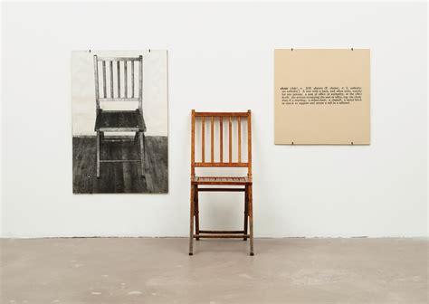 chaise roumaine l écriture dans l arts plastiques
