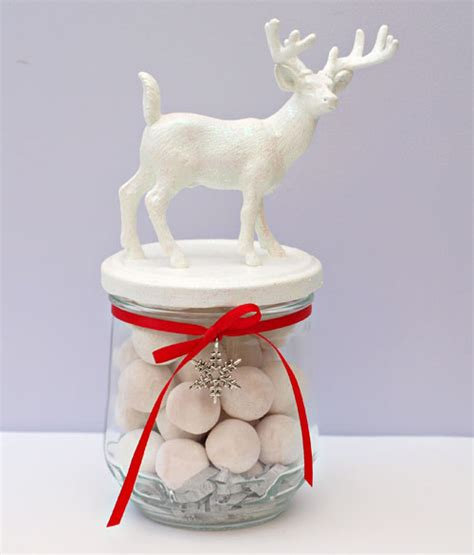 reindeer christmas wedding favour jars 171 flutterby weddings