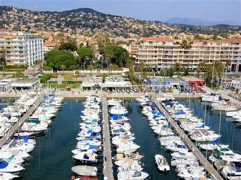 port de golfe juan location place de port camille rayon 15m
