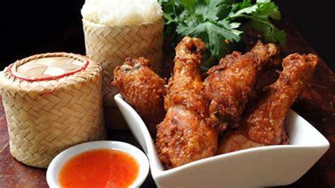 Kupas buah nangka dan bersihkan kulit. Resep Ayam Goreng Renyah ala Thailand - Lifestyle Fimela.com