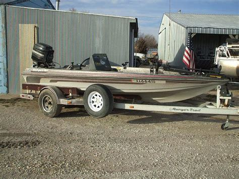 Boat Auctions In Ct by 1985 Ranger 340v Bass Boat W 150hp Mercury Trailer Tct