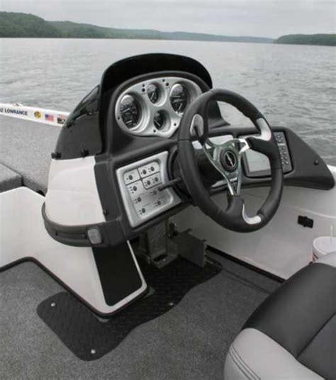 Skeeter Bass Boat Steering Wheel by Skeeter2