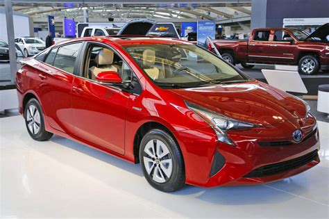 Most Efficient Hybrid by Consumer Reports Declare Toyota Prius 2016 As Most Fuel