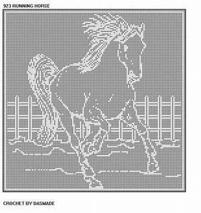 HORSE RUNNING FILET CROCHET DOILY AFGHAN PATTERN 923