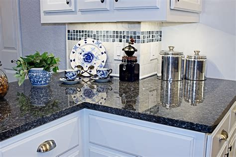The Do S Don Ts Of Choosing Cabinets And Countertops