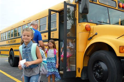 fhsd recognized for safety francis howell school 784 | Busfleetexcellence