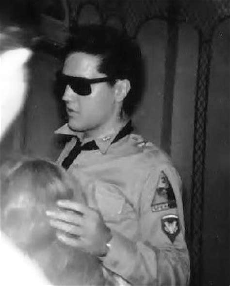 jose feliciano sunglasses elvis in army sunglasses elvisblog