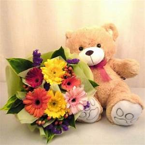 Bear With Flowers - DesiComments.com