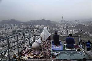 Photo: Muslims gather for climax of hajj pilgrimage - The ...
