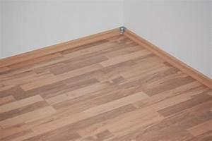 Alternative Zu Laminat : laminat sockelleisten zweck und nutzen ~ Frokenaadalensverden.com Haus und Dekorationen