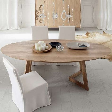 Table Bois Massif Design Table Design Ovale En Bois Massif Toledo Seven 4 Pieds