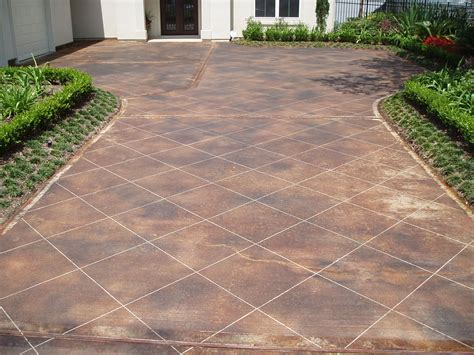 stained driveway ideas 100 stain old concrete patio how to repair concrete cracks how tos diy home epoxy coating