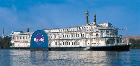 The Boat Casino Iowa by Harrah S Kanesville Queen Casino Boat Is Cashing In