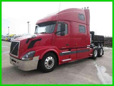 2004 volvo truck volvo vnl64t 2004 sleeper semi trucks