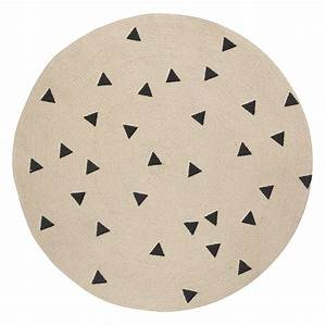 tapis rond triangles noir ferm living pour chambre With ferm living tapis