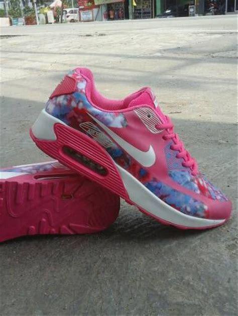 Sepatu Nike Airmax Pink Mix jual sepatu wanita nike airmax 90 pink running olahraga