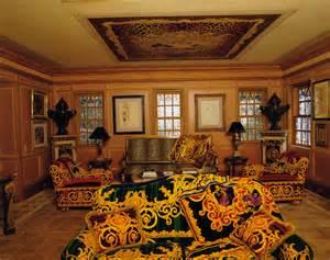 custom house plan vogue 39 s photographs of gianni versace s casa casuarina vogue