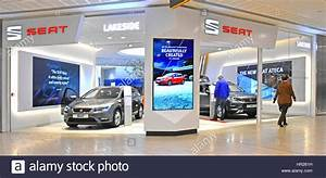 Showroom Made Com : car dealership for seat car made by subsidiary of volkswagen group stock photo royalty free ~ Preciouscoupons.com Idées de Décoration