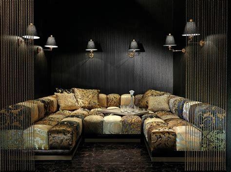 meuble versace  accessoires de la marque pour la maison