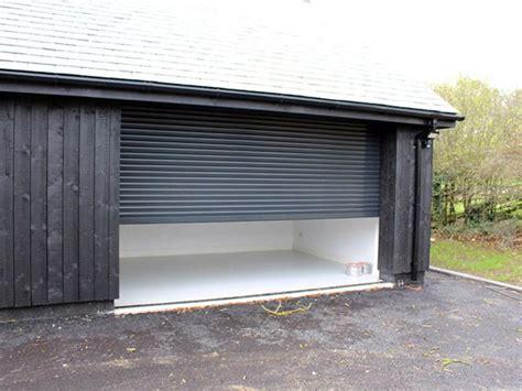 porte basculanti per box auto prezzi porte basculanti per garage piacenza fidenza