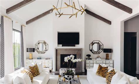interior designer  interior decorator whats