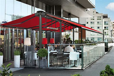 commercial retractable awnings  york