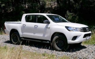 2016 toyota hilux sr 4 215 4 review caradvice