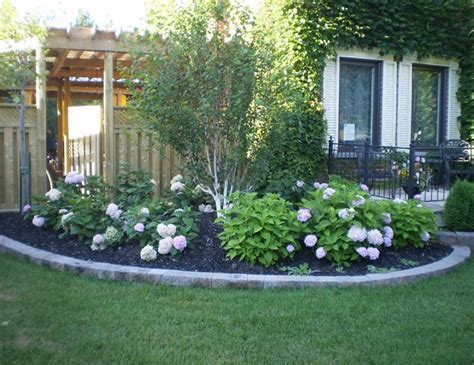 Easy Low Maintenance Backyard Landscaping Ideas Izvipicom