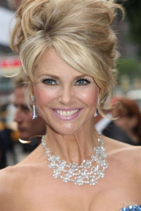 christie brinkley hairstyles 22 appealing haircuts for 2017