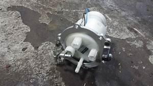 Buy 2001 2002 2003 Gsxr 750 600 Oem Fuel Pump And Gasket