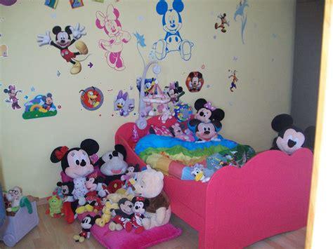 chambre bebe mickey dco chambre la maison de mickey with chambre