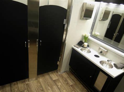 restroom trailer rental for weddings and oconee