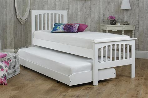 Small Single Bed by Heywood White Solid Wood Guest Bed 2ft6 Small Single