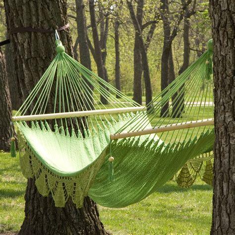 large grand caribbean nicaraguan hammock  spreader bar  fringe hammocks  hayneedle