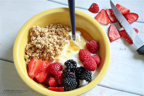 foodreplacement 5 yogurt jpg delicious and healthy breakfast bowl with yogurt Awesome