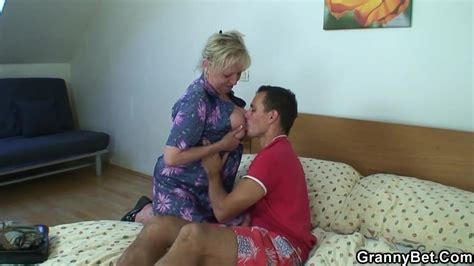 Moaning Grandma Rides Young Meat Free Hd Porn 0d Xhamster De