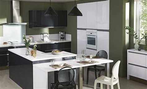 plan cuisine ouverte sur salon une cuisine ouverte en u